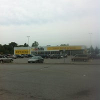 Photo taken at Agostino & Nancy's No Frills by Will S. on 8/2/2012