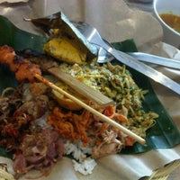 Photo taken at Bongkot Nasi Campur Khas Bali by Nia V. on 2/25/2012