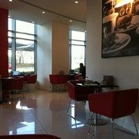 Photo taken at espressamente illy coffee bar by Olaf B. on 3/27/2012