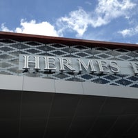 Photo taken at Hermes Place Polonia by Erny P. on 6/8/2012