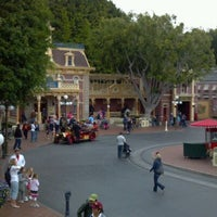 Photo taken at Main Street, U.S.A. by bluecat on 3/16/2012