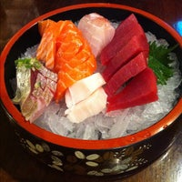 Photo taken at Hideki Sushi Bar e Restaurante by Bruno F. on 3/26/2012