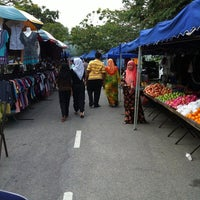 Photo taken at Pasar Malam Putra Perdana by Zzzzzihaaaa.. on 3/9/2012
