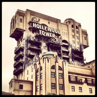 Photo taken at The Twilight Zone Tower of Terror by Roberto M. on 7/20/2012