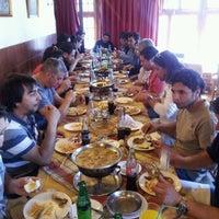 Photo taken at Bavaria, Cafeteria y Restaurant by Manuel C. on 8/25/2012