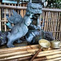 Photo taken at 大塚天祖神社 by Horimitsu I. on 4/20/2012