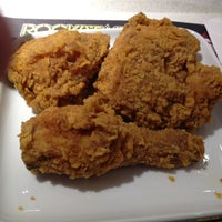 Photo taken at Kentucky Fried Chicken by Sammy S. on 7/26/2012