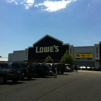 Photo taken at Lowe's Home Improvement by Maria . on 6/16/2012
