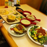 Photo taken at Sweet Tomatoes by H Kenneth Y. on 6/29/2012