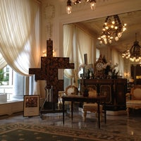 Photo taken at Hôtel du Palais by chudo on 6/28/2012