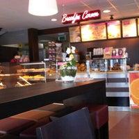 Photo taken at Bakker Bart by Maud Davine S. on 3/12/2012