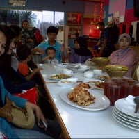 Photo taken at DADU Seafood by MeRrY D. on 8/5/2012