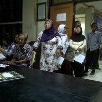 Photo taken at Kantor Kecamatan Ciledug - Kota Tangerang by Febrian S. on 3/26/2012