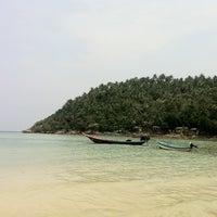 Photo taken at Salad Beach Resort by Don C. on 3/30/2012
