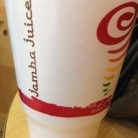 Photo taken at Jamba Juice by Leslie F. on 8/18/2012