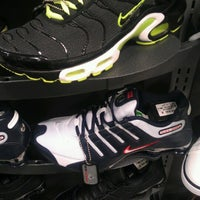 Photo taken at Foot Locker by kosmar k. on 6/16/2012