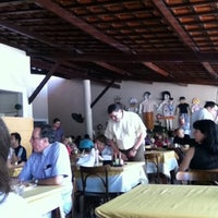 Photo taken at Divina Comida by Jéssica C. on 8/25/2012