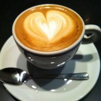 Photo taken at Café do Mercado by Ariane B. on 5/31/2012