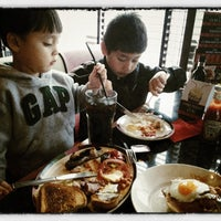 Photo taken at Frankie & Benny's by Rowell M. on 7/15/2012