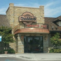 Photo taken at Cheddar's Casual Café by Clara G. on 8/27/2012