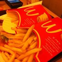 Photo taken at McDonald's by Nithiphat B. on 6/4/2012