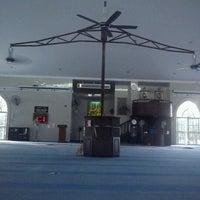 Photo taken at Masjid Al Rahimah Kuala Kubu Bharu by Aku D. on 5/19/2012