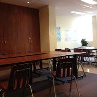 Photo prise au YMCA International Language School par Isabel P. le7/13/2012