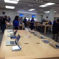 Photo taken at Apple Mall of America by Bart H. on 5/5/2012