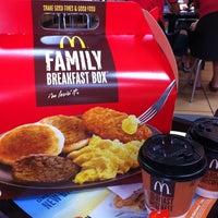 Photo taken at McDonald's & McCafé by Jεnniε® K. on 6/17/2012
