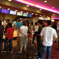 Photo taken at Edwards Fresno 22 & IMAX by MiCHAEL R. on 7/8/2012
