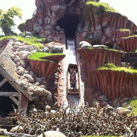 Photo taken at Splash Mountain by Jacob V. on 6/16/2012