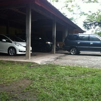 Photo taken at DIV MOTOR Bukit Tampaksiring by Dex S. on 5/16/2012