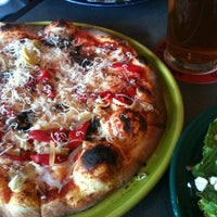 Photo taken at Il Vicino Wood Oven Pizza by Zoe C. on 4/14/2012