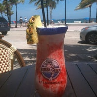 Photo taken at Bubba Gump Shrimp Co. by Mendi B. on 8/19/2012