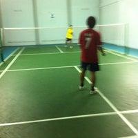 Photo taken at โรงเรียนแบดมินตัน ASK by Win T. on 5/23/2012