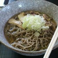 Photo taken at 冷たい肉そば専門店かほく by Yuichi S. on 8/7/2012