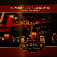 Photo taken at Ozzie's Good Eats by Yvonne E. on 8/12/2012