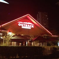 Photo taken at Outback Steakhouse by Lidiane S. on 7/21/2012