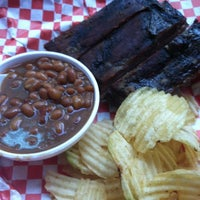 Photo taken at Dick's Bodacious BBQ by Chancellor J. on 5/1/2012