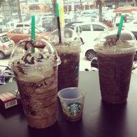 Photo taken at Starbucks by styllo83 b. on 6/22/2012