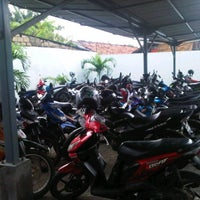 Photo taken at Parking Area of Campus G of Gunadarma University by Aakhwan on 4/27/2012