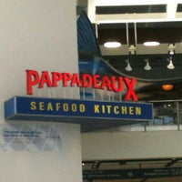 Photo taken at Pappadeaux Seafood Kitchen by Rick P. on 5/24/2012