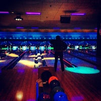 Photo taken at Park Tavern Bowling & Entertainment by Amruta B. on 8/26/2012