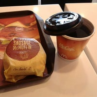 Photo taken at McDonald's by Wiyosa R. on 4/15/2012