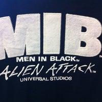 Photo taken at MEN IN BLACK: Alien Attack by José Carlos R. on 5/31/2012