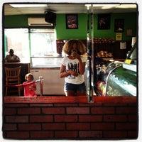 Photo taken at Island Pot Restaurant by HONEYGRiP on 7/16/2012