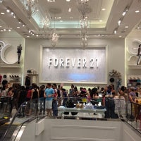 Photo taken at Forever 21 by M R. on 7/8/2012