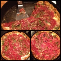 Photo taken at Uno Pizzeria & Grill - Chicago by Huggi W. on 7/21/2012
