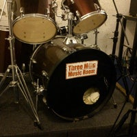Photo taken at Threeman Music Room by Kittikorn C. on 6/23/2012