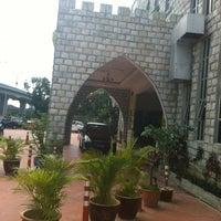 Photo taken at Al Rawsha Restaurant by Hazim on 4/21/2012